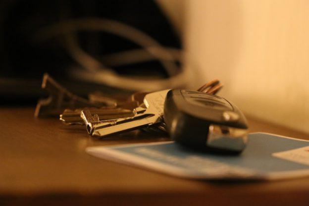 kluczyki samochodowe